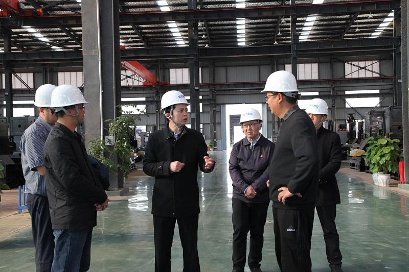 潘红伟在禄丰调研民营经济统战工作